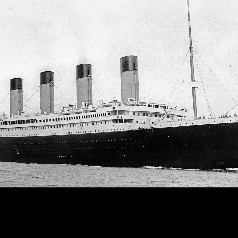 A picture of the Titanic sinking is not a newly discovered photograph